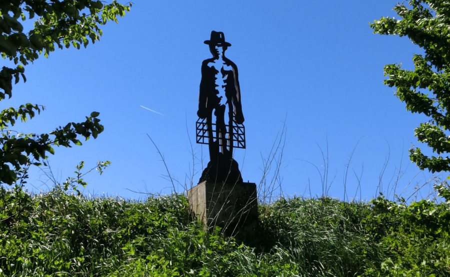 © Telle Schrader Skulptur: Der Mann im Käfig